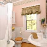 van-horne-bathroom