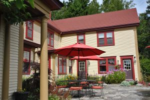 Bed and Breakfast -- outdoor patio